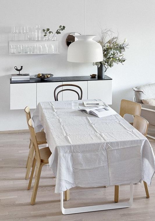 Sufragerie moderna scaune de lemn masa mare mobilier pentru vesela