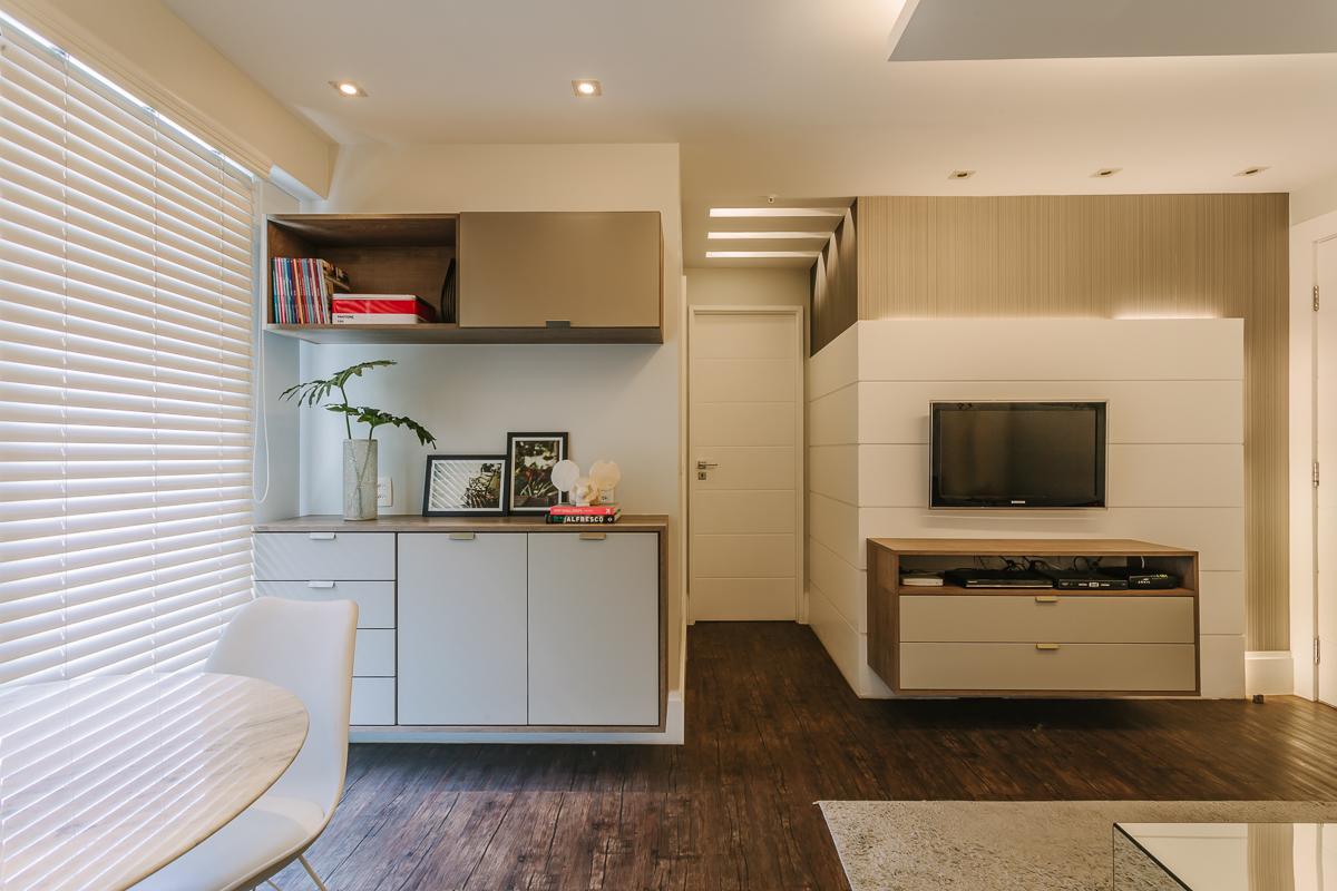 amenajare living modern mobilier tv living parchet negru