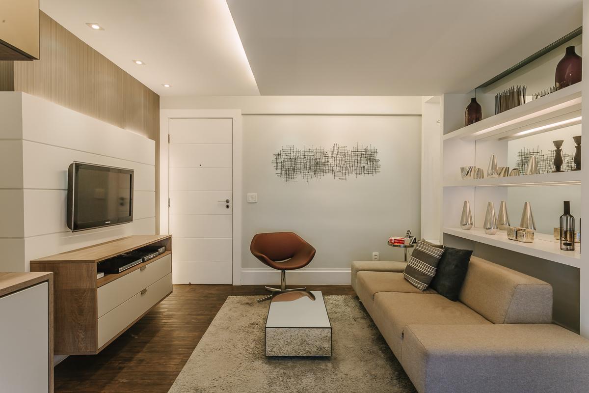 living modern canapea moderna mobilier covor pufos iluminare tavan