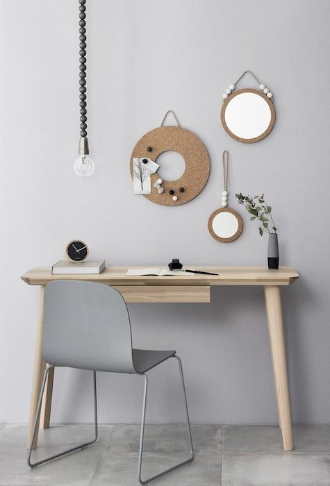 amenajare birou mic masa birou mica scaun de plastic gri