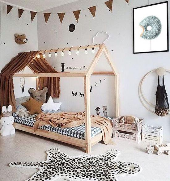 idei amenajare camera baieti patut din lemn