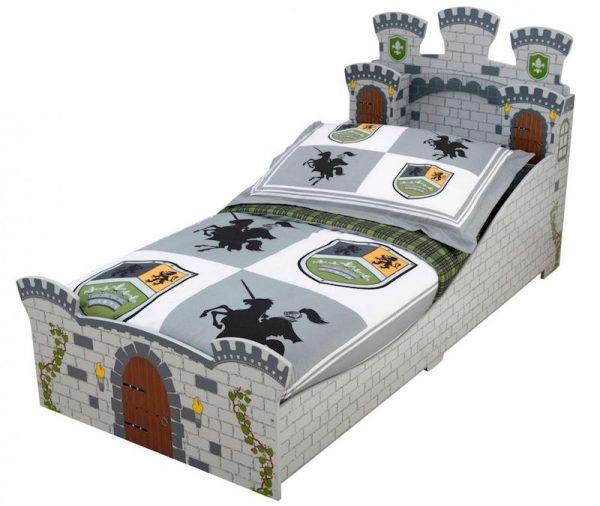 pat pentru copii castel mobilier camera copii