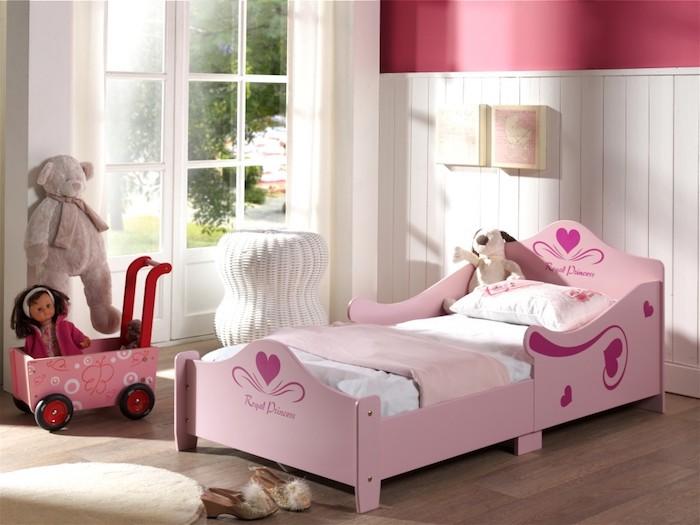 pat pentru fetite roz mobilier camera copii modern amenajare camera copii