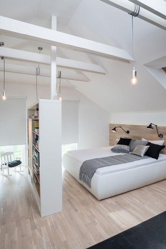 amenajare dormitor in mansarda modern
