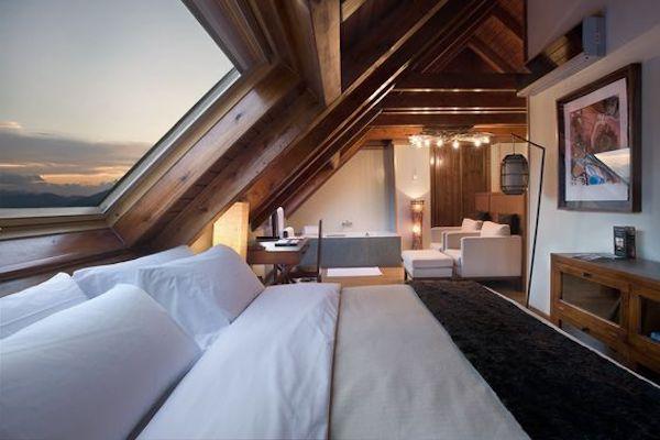 amenajare-dormitor-mansarda-modern
