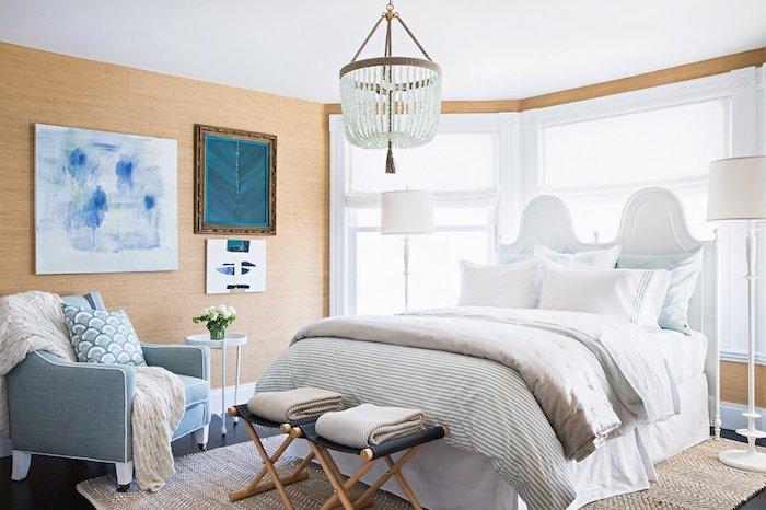 amenajare dormitor matrimonial clasic pat alb mare