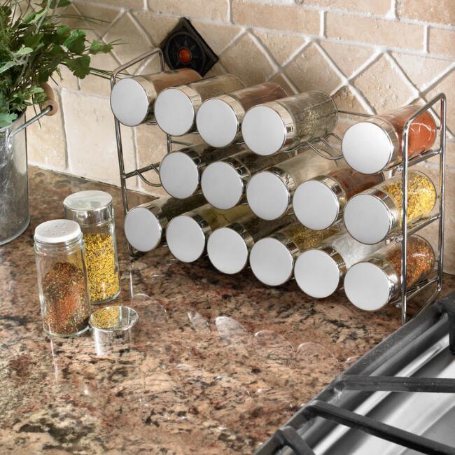 organizarea spatiului in bucatarie suport pentru condimente