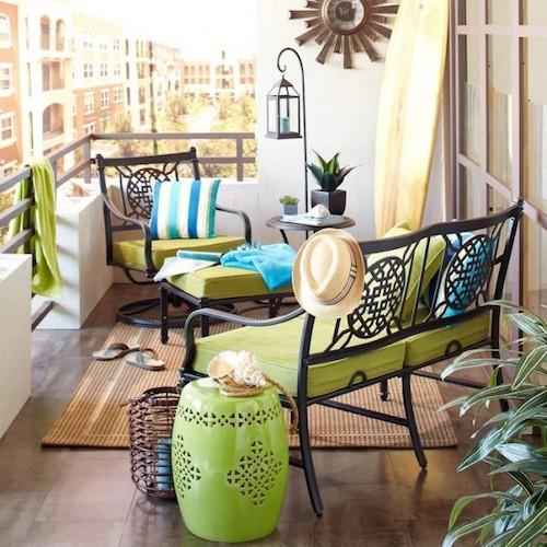balcon amenajat cu bun gust mobilier balcon