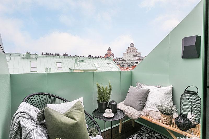 idee amenajare balcon garsoniera in mansarda idei amenajare garsoniera poze