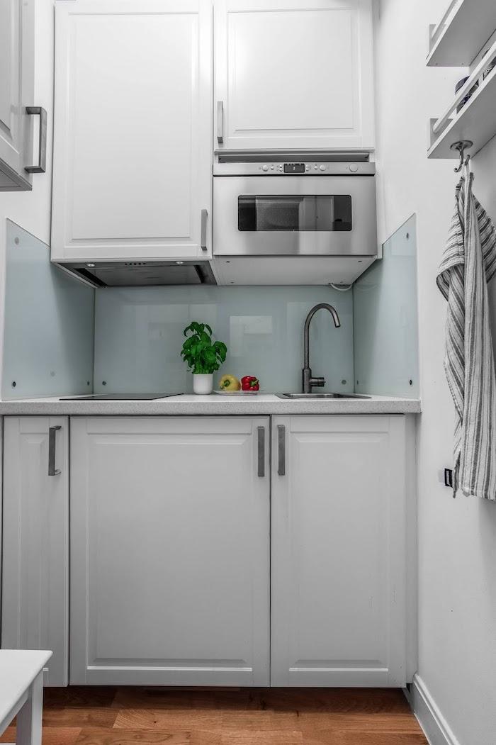 amenajari bucatarii mici garsoniera mobilier bucatarie mica gri