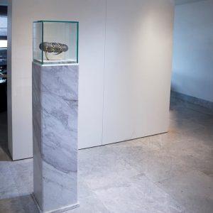 Soclu marmura Calacatta 33 x 33 x 122 cm