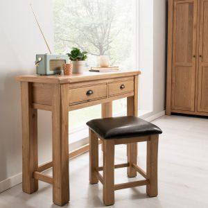 Masa de toaleta / Set consola si taburet din lemn de stejar si furnir, cu sezut tapitat cu piele ecologica Breeze Oak / Brown, l115xA40xH82 cm