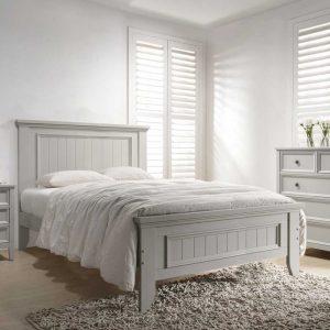 Set Mobila Dormitor din lemn de plop, cu pat 190 x 135 cm, 3 piese Mila Light Grey