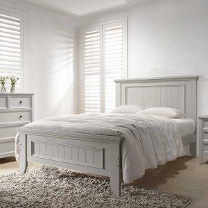 Set Mobila Dormitor din lemn de plop, cu pat 200 x 150 cm, 3 piese Mila Light Grey