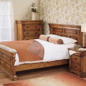 Set Mobila Dormitor din lemn de stejar, cu pat 190 x 135 cm, 3 piese Valentino Oak