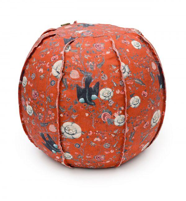 Taburet tapitat cu stofa Black Bird Red, O60xH60 cm