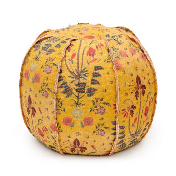 Taburet tapitat cu stofa Gypsy Ochre Yellow, O60xH60 cm