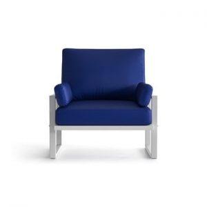 Fotoliu pentru exterior cu cotiere și picioare în nuanță deschisă Marie Claire Home Angie, albastru royal