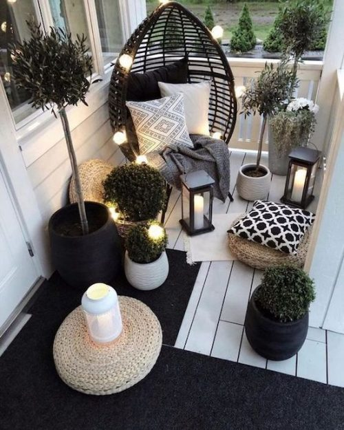 idei amenajare balcon felinare