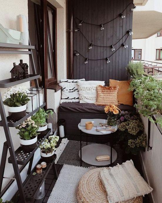 idei de amenajare plante pe balcon