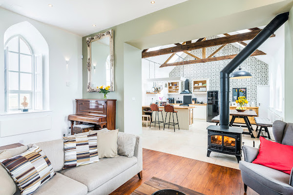 idee amenajare living cu bucatarie open space