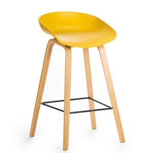 Scaun de bar din plastic, cu picioare de lemn Jolo Yellow, l52xA46xH65cm