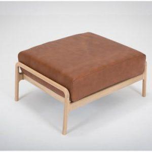 Taburet din piele bovina cu structura din lemn masiv de stejar Gazzda Fawn, maro cognac